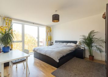 Thumbnail 2 bed flat for sale in Bathurst Square, Harringay