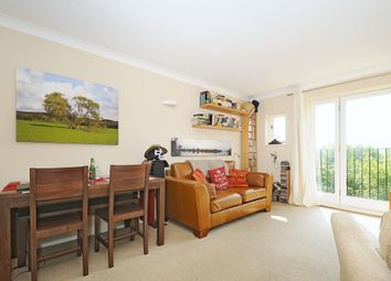 Thumbnail 2 bedroom flat to rent in Ducklington Lane, Witney
