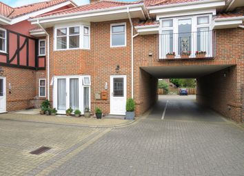 Thumbnail 1 bedroom flat for sale in Sutherland Court Gardens, Cromer