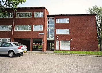 2 bed flat to rent in Whitbeck Court, Newcastle Upon Tyne NE5