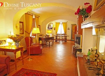 Thumbnail 6 bed country house for sale in Strada Provinciale, Pienza, Siena, Tuscany, Italy