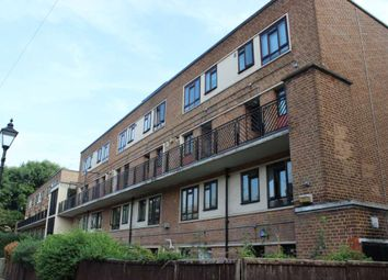2 bed maisonette for sale in St. Peter's Street, London N1
