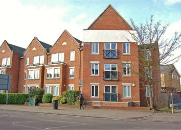 Thumbnail 1 bedroom flat for sale in Walsworth Road, Hitchin