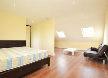 Room to rent in Great West Road, Osterley, Isleworth TW7