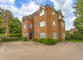 Thumbnail 1 bed flat to rent in Chipstead Road, Banstead