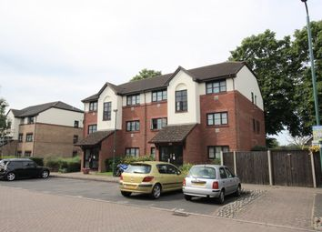 Thumbnail 1 bedroom flat to rent in Violet Close, Wallington