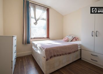 Thumbnail Room to rent in Studley Road, London