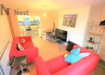 Thumbnail 4 bed flat to rent in Kirkstall Lane, Headingley