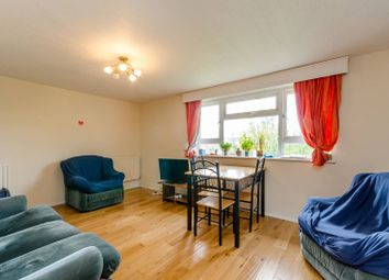 Thumbnail 3 bed flat to rent in Upper Richmond Road, Putney