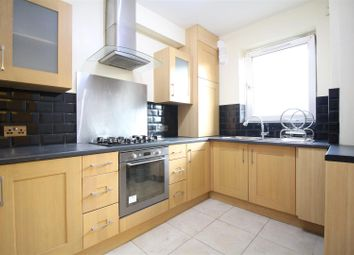 Thumbnail 4 bed flat to rent in Usk Street, London