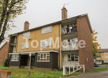Thumbnail 2 bed flat to rent in Pawsons Road, Croydon