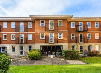 2 bed flat for sale in Roebuck Close, Bancroft Road, Reigate RH2