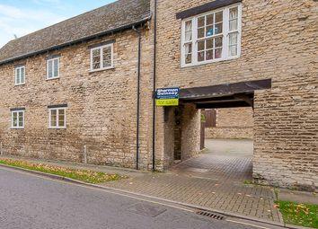 Thumbnail 2 bed cottage for sale in Water Street, Stamford