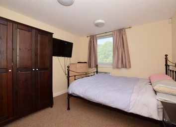 Thumbnail 2 bedroom flat for sale in Oakhill Road, Sutton, Surrey