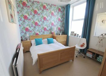 Thumbnail 2 bedroom flat for sale in Westgate Road, City Centre