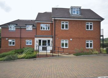 1 bed flat to rent in Folleys Place, Loudwater, High Wycombe HP10