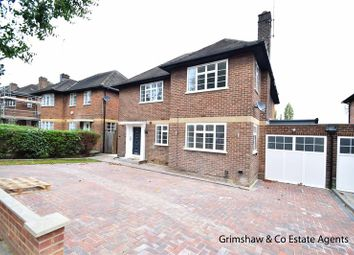 Thumbnail 3 bed flat for sale in The Ridings, Ealing, London