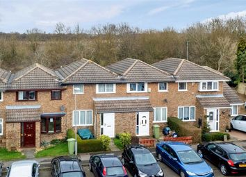 Favell Drive, Furzton, Milton Keynes, Bucks MK4. 3 bed terraced house for sale