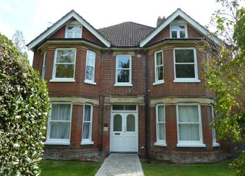 Highfield Road, Southampton SO17. 2 bed flat