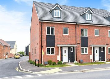 Thumbnail 4 bed town house for sale in Sir Frank Williams Avenue, Didcot