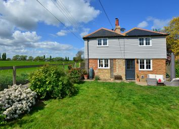 Thumbnail 3 bed cottage for sale in Luddenham, Faversham
