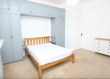 Thumbnail 2 bed flat to rent in Keswick Road, East Putney