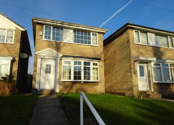 Thumbnail 3 bed detached house to rent in Wakefield Road, Earlsheaton, Dewsbury