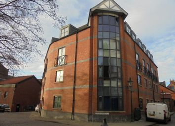 Thumbnail 2 bed flat to rent in Swan Street, Lincoln