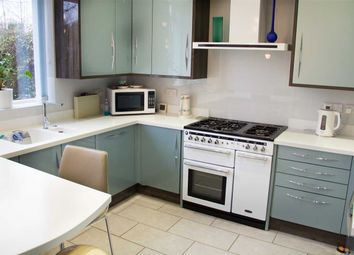 Thumbnail 3 bedroom flat for sale in Vesta Avenue, St.Albans
