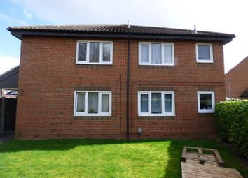 Thumbnail 1 bed maisonette for sale in Parkside Close, Houghton Regis, Dunstable