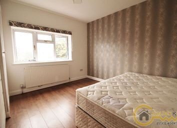 Thumbnail Room to rent in Quantock Gardens, Cricklewood