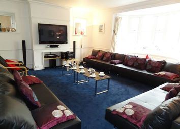 Thumbnail 6 bed detached house to rent in Somerhill Road, Hove