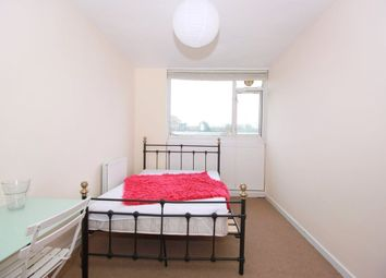 Thumbnail Room to rent in Barrington Road, South London