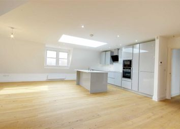 Thumbnail 2 bed flat for sale in Brookmans Avenue, Brookmans Park, Hertfordshire