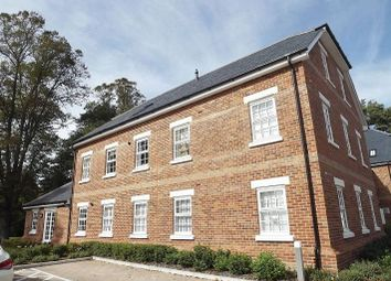 Thumbnail 2 bed flat to rent in Norris Close, London Colney, St.Albans