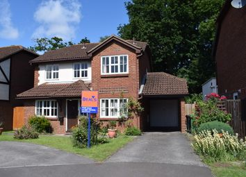 Thumbnail 4 bedroom detached house for sale in Walker Gardens, Hedge End, Southampton