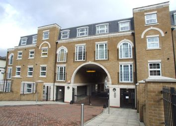 Thumbnail 1 bed flat to rent in Addiscombe Court Road, Addiscombe, Croydon