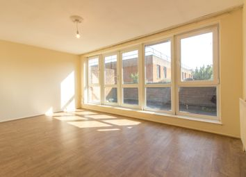 Thumbnail 4 bed flat to rent in The Sandlings, Wood Green