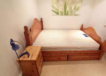 Thumbnail 1 bed flat to rent in Buckingham Road, Edgware, Middlesex