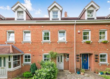 Thumbnail 3 bed town house to rent in Campbell Fields, Aldershot