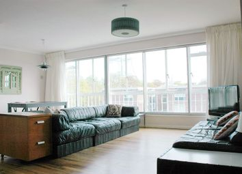 Thumbnail 2 bedroom flat to rent in Lymer Avenue, London