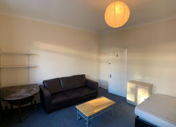 Thumbnail 3 bed maisonette to rent in Newington Green Road, London