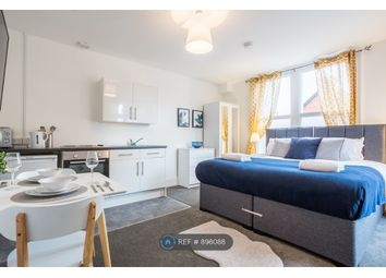 North Road, Westcliff-On-Sea SS0. 1 bed flat