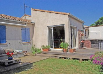 Thumbnail 3 bed villa for sale in Languedoc-Roussillon, Hérault, Mireval