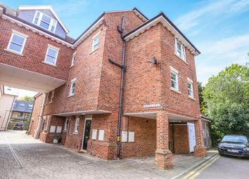 Thumbnail 2 bedroom maisonette for sale in Wallace Court, Bancroft, Hitchin, Hertfordshire