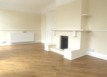 Thumbnail 2 bed flat to rent in High Street, Banstead