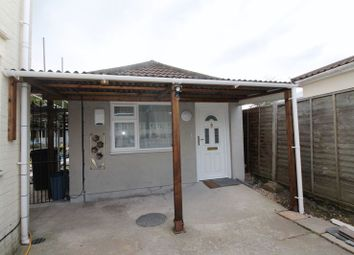 Thumbnail 1 bed flat to rent in North View, Staple Hill, Bristol