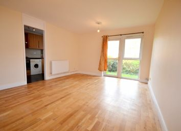 Thumbnail 2 bed flat to rent in Springfield Close, Woodside Park, London