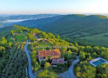Thumbnail Farm for sale in Umbertide, Umbria, Italy