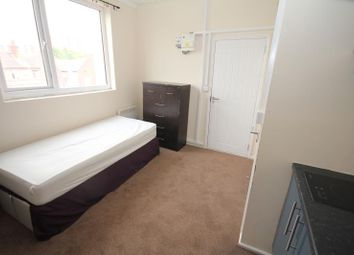 Thumbnail 1 bedroom studio to rent in New Town Street, Luton LU1 3Ed